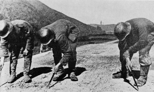 Pokonywanie pól minowych Kursk 1
